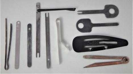Handcuff shim types